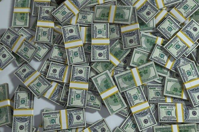 השקעה בדולר - יתרונות וחסרונות