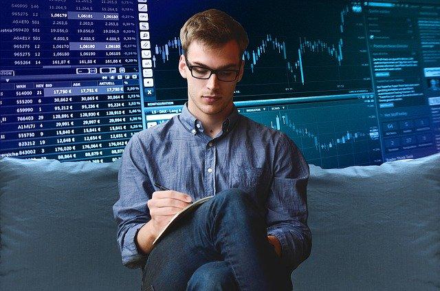 פתיחת חשבון מסחר בבורסה - איפה כדאי?