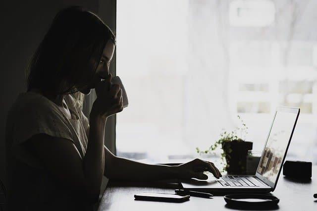 עבודה מהבית - יתרונות וחסרונות