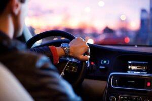 גובה הפרמיה של ביטוח רכב