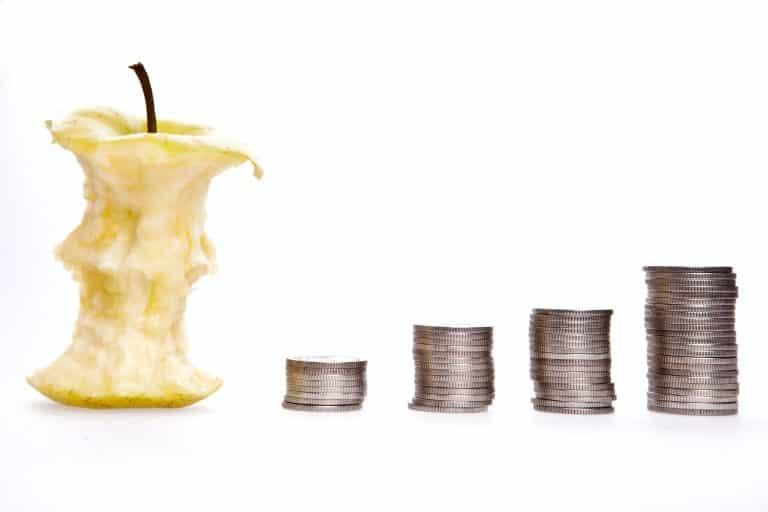 תפוח ומטבעות כהדגמה לרווח והפסד